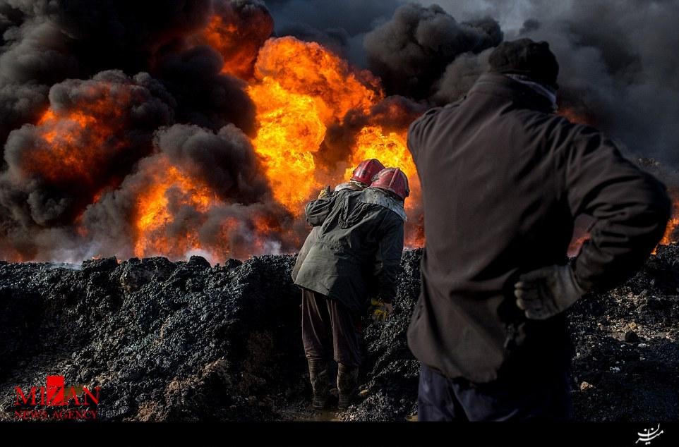 سوختن چاههای نفت 4 ماه پس از به آتش کشیده شده به وسیله داعش