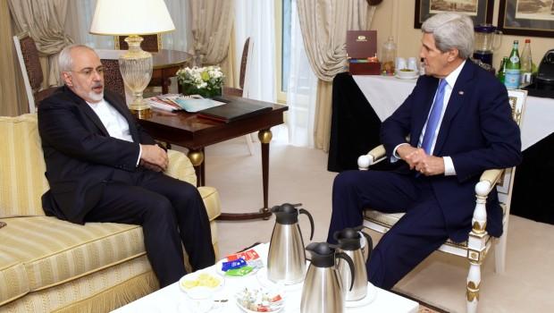 توصیه تحلیلگر ایرانی به اوباما: جان کری را با پیام حسننیت به تهران اعزام کنید/خطر بسیار جدی است/برجام باید مستحکم باقی بماند/پارهکردن برجام توسط ترامپ به اعتبار امریکا آسیب میزند