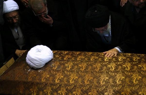 مراسم بزرگداشت حجتالاسلام والمسلمین هاشمی رفسنجانی در حسینیه امام خمینی