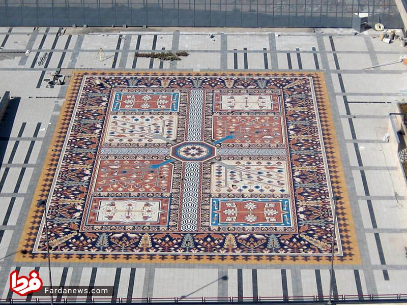 بزرگترین فرش موزاییکی جهان در تبریز