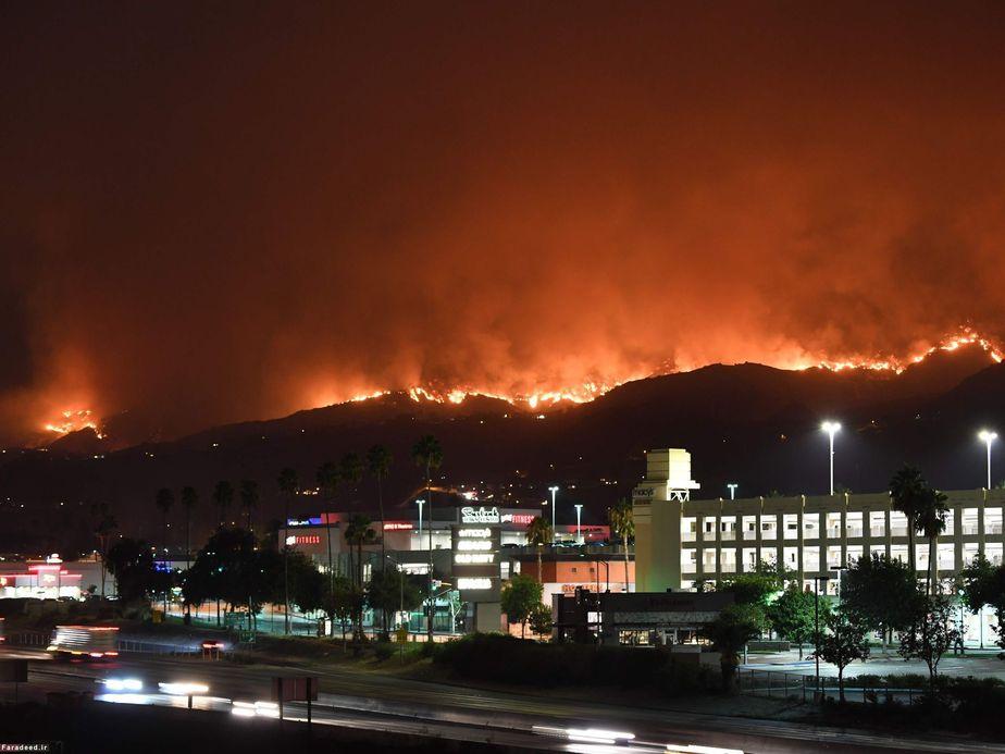 آتشسوزی گسترده در تپههای کالیفرنیا