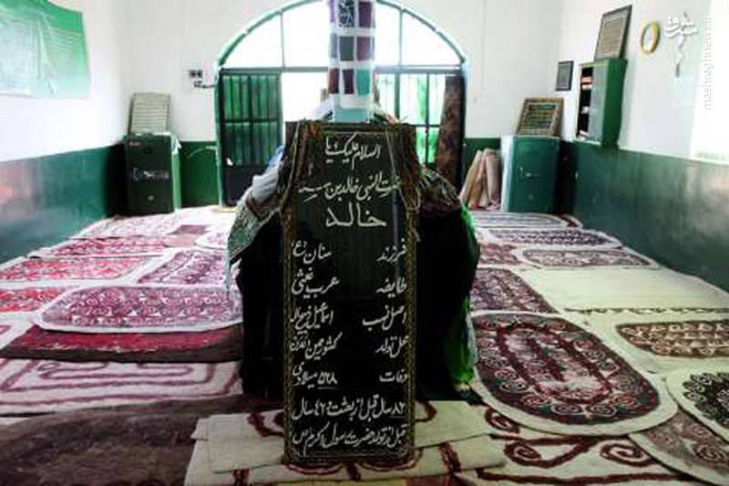 «خالد بن سنان» که نزد هموطنان ترکمن با عنوان «خالد نبی» مطرح است، متولد سرزمین عدن در یمن بودهاند. بر اساس روایتها، ایشان یکی از چهار پیامبری است که در حد فاصل دورهی حضرت عیسی و پیامبر اسلام زندگی میکرده است.