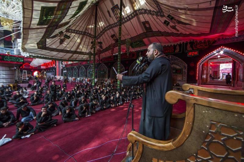 مجلس عزاداری در حرم حضرت عباس(ع)