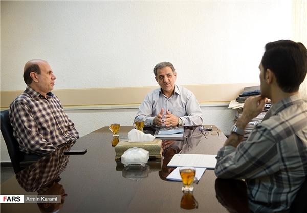 75591564083 - یک سرباز فرهنگی را از دست دادیم که میتوانست سردار فرهنگی باشد/ شگفتی «میشل ستبون» از عکسهای دفاع مقدس