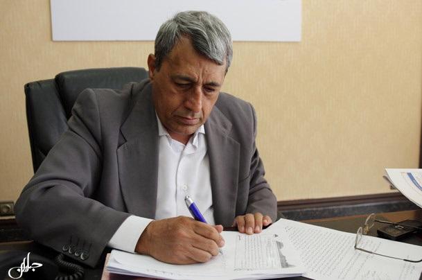 آرمان: دولت پول نفت را خرج بودجه جاری میکند