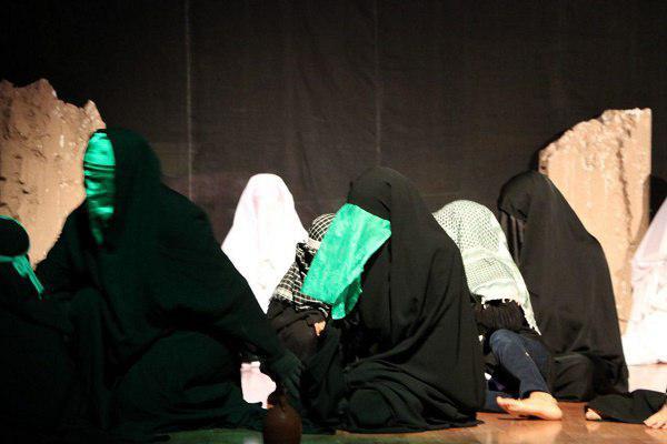 6269471109 - گزارش تصویری تجلیل از عوامل نمایش «کاروان نور» در محمود آباد