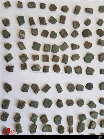 کشف 445 قطعه سکه سلجوقی و یک خنجر هزاره اول قبل از میلاد در زنجان + تصاویر