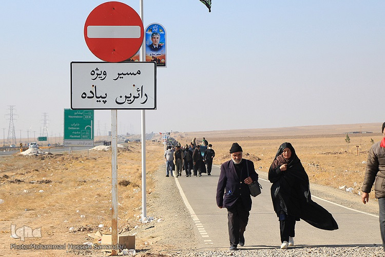 بایدها و نبایدهای جاده زیارت/به حاشیه رفتن امنیت زائران پیاده با عدم تکمیل مسیر