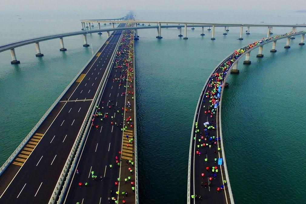 عکس/ نمای دیدنی از مسابقه دوی ماراتن در چین
