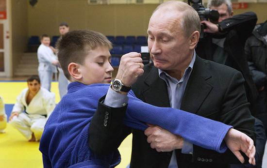 ولادیمیر، پسری که با ورزش پوتین شد