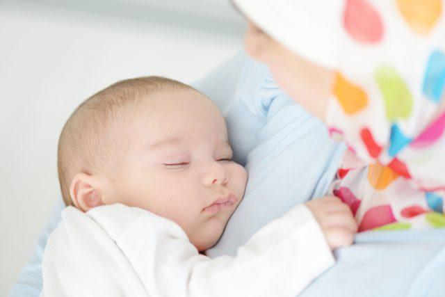۱۰ سودی که از دوران شیردهی نصیب مادران میشود