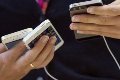اطلاع از آخرین زلزلههای کشور با اپلیکیشن موبایل/کارخانه مونتاژ سرور در ایران راهاندازی میشود/همه چیز درباره بنچمارک سونی H۸۲۶۶ /جلوگیری از شایعه پراکنی با فناوری دانش بنیان