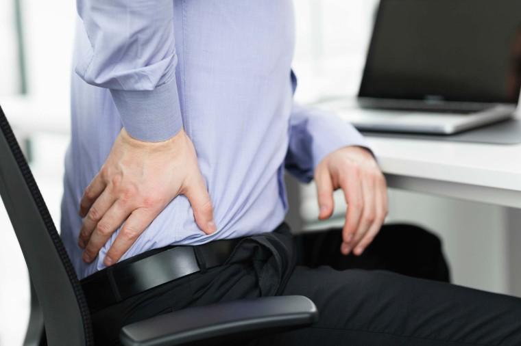 چرا نشستن طولانی مدت مضر است؟