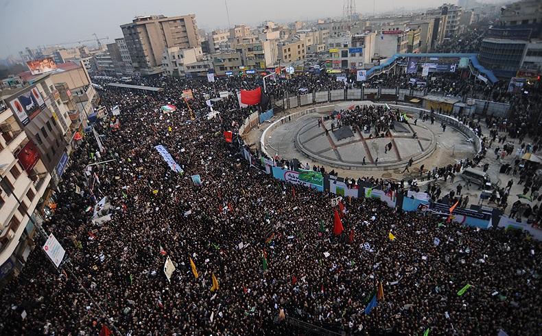 نقش گروههای پنهان در جمعیت و اکانتهای جعلی توئیتر در اغتشاشات تهران/ شبکههای ترور چگونه به صفوف معترضان اقتصادی نفوذ میکنند؟ / اولین خبر اعتراضات روی خروجی کدام سایت رفت؟