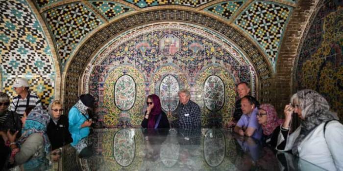 گردشگران پشت در موزههای ایران میمانند/ قیمت بالای بلیت بدون امکانات