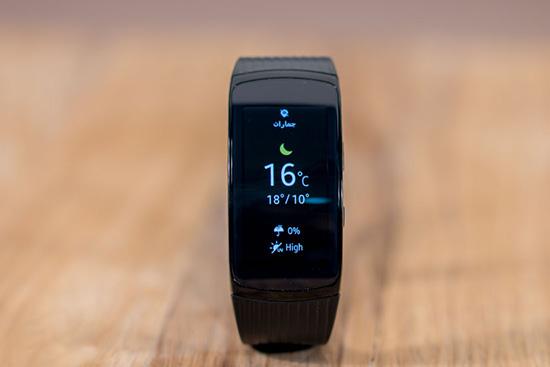 بررسی تخصصی Samsung Gear Fit2 Pro