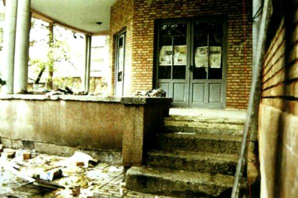 خانه نیما ابریست/ هنرمندان آستین بالا زدند/ نامه به رییس جمهور برای حفظ خانه نیما