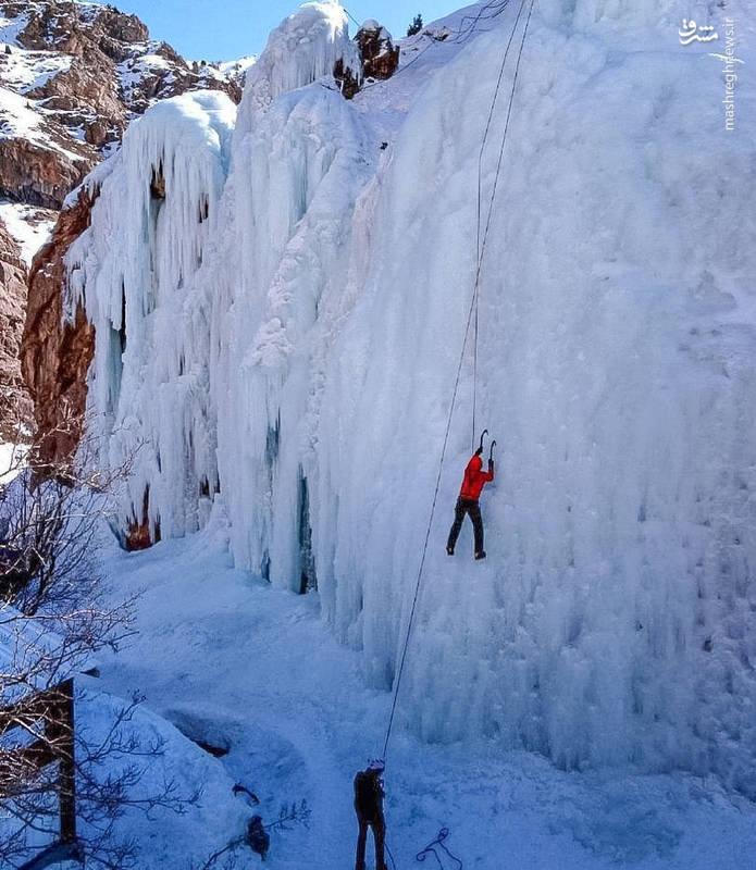 این آبشار یخی در تهران هست!/ تصویر