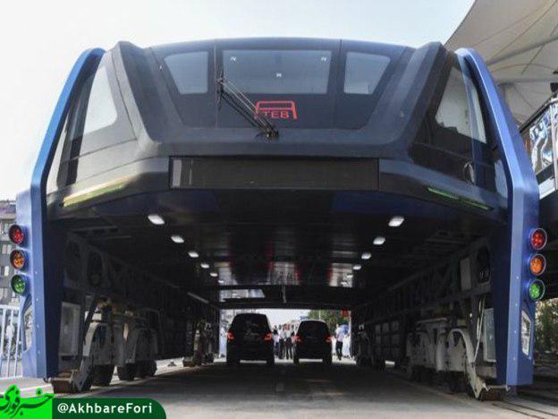 اتوبوسی با حجم ۱۲۰۰ مسافر در چین! +تصویر
