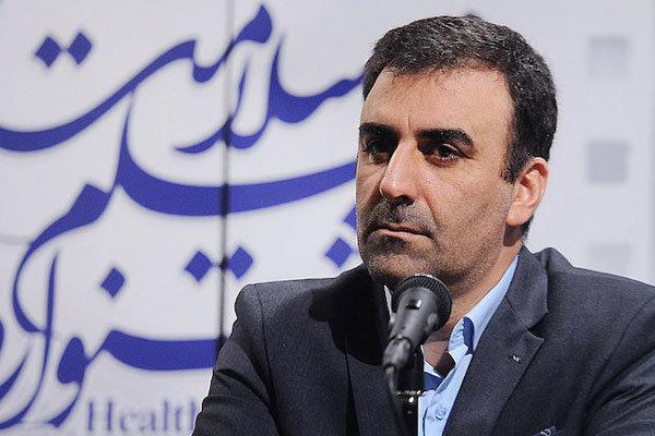 جوابیه دبیر جشنواره فیلم فجر به فرزاد موتمن