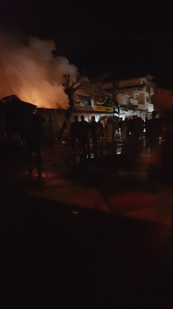 آتش گرفتن ۵ مغازه در تالش+ عکس ها