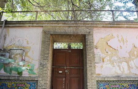 بیتوجهی عامدانه میراث فرهنگی به خانه صادق هدایت