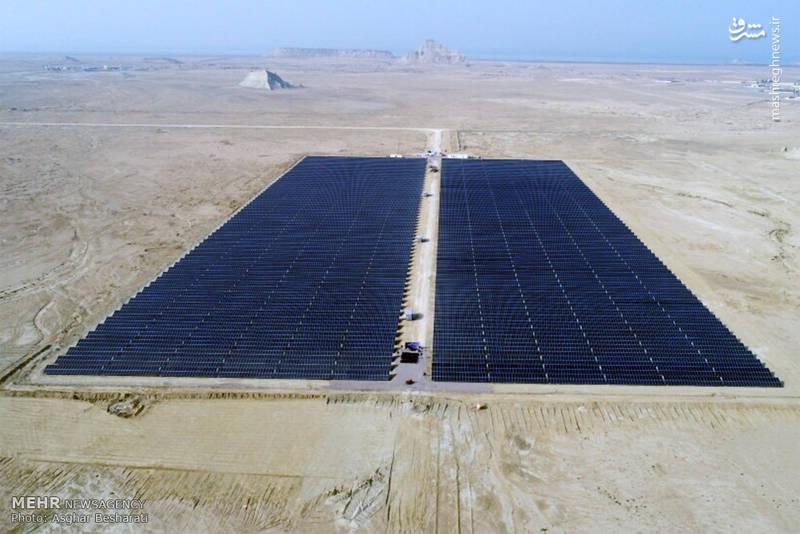 مائورو کونچاتوری در آیین بهره برداری از نیروگاه انرژی خورشیدی 10 مگاواتی در جزیره قشم افزود: امروز با استفاده از انرژی پاک برخی از آرزوهایمان را در این جزیره محقق کردیم.