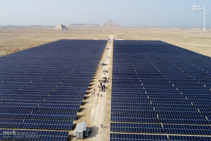 وی افزود: طرح نیروگاه انرژی خورشیدی یک اقدام نمادین از دوستی ایتالیا و ایران است که امید می رود با توجه به تاریخ عظیم این 2 کشور، موارد همکاری گسترش پیدا کند.