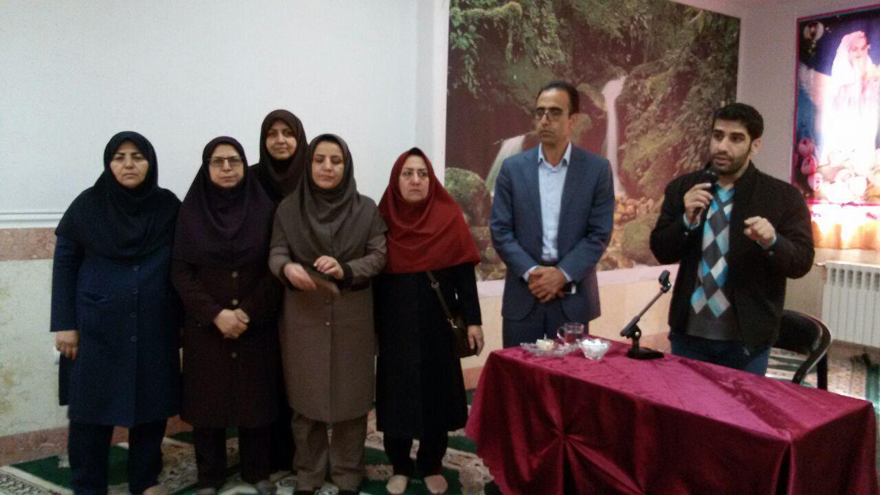 گزارش تصویری برگزاری جشن تکلیف دانشآموزان دبستان دخترانه شایستگان خرمآباد
