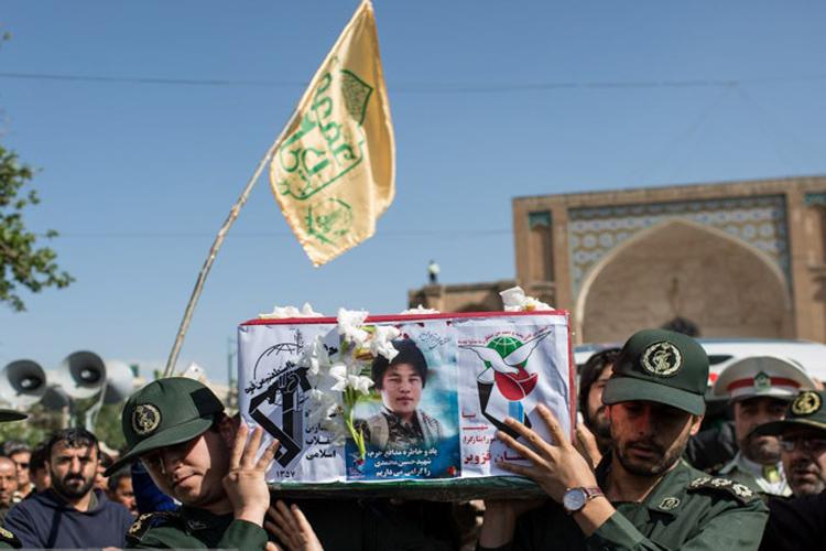 شهید 18 ساله تیپ فاطمیون در گلزار شهدای قزوین آرام گرفت