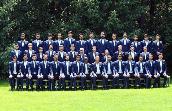 عکس تیمی با لباس رسمی بازیکنان ایران