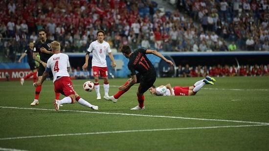 کرواسی ۱ - دانمارک ۱؛ تا دقیقه ۱۳