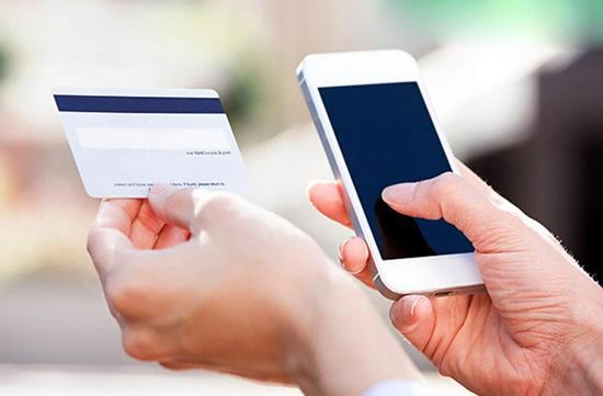 گوشی جایگزین کارت های اعتباری میشود