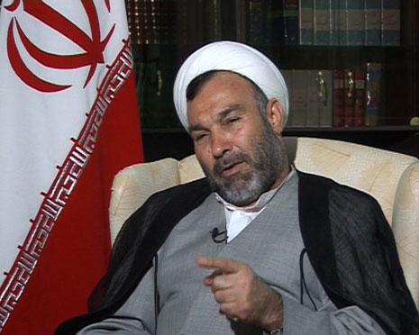 سبحانینیا: احمدینژاد پاسخگو باشد نه طلبکار