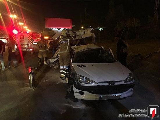 تصادف شدید ۴ خودرو در بزرگراه تهران -کرج