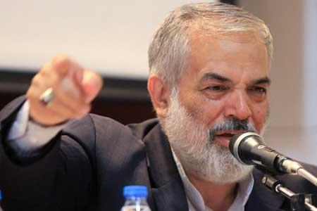 قدیری ابیانه: احمدی نژاد را فورا بستری کنید!