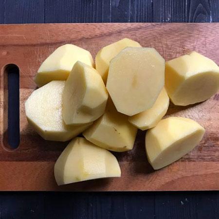 روش تهیه پوره سیب زمینی خامهای