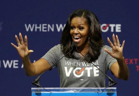 نرخ عجیب بلیتهای سخنرانی میشل اوباما