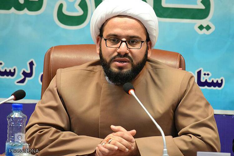 آموزش و پرورش یکیاز دستگاههای برتر لرستان در بحث قرآن و نماز