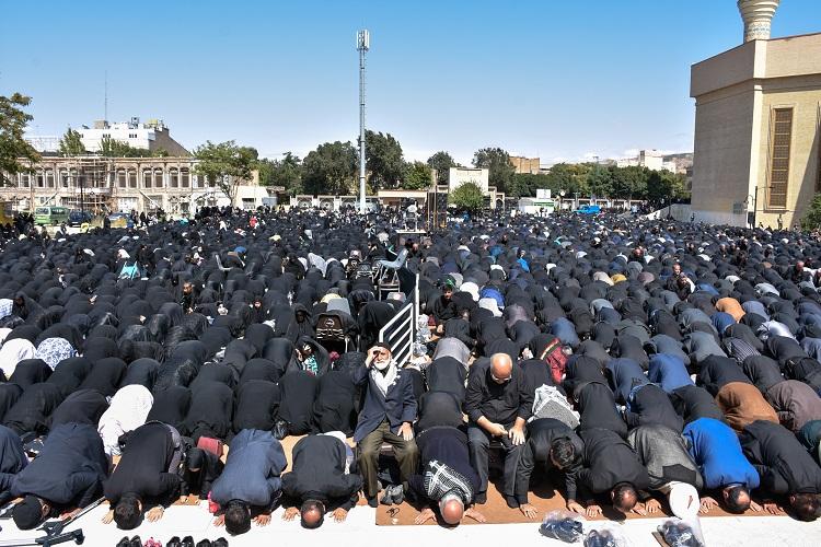 نماز ظهر عاشورا در چهارمحال و بختیاری اقامه شد