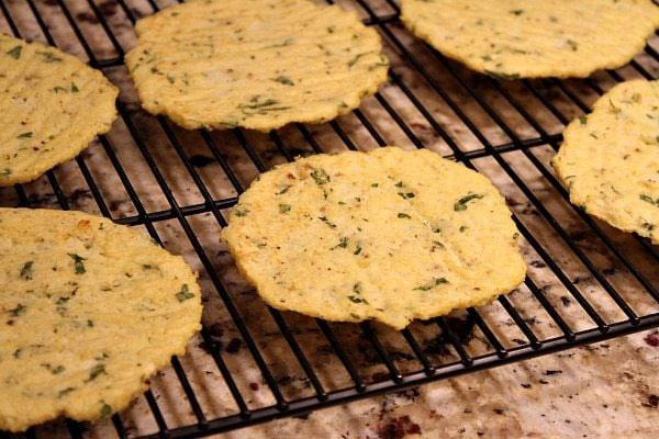 نان تورتیلای گل کلم؛ بدون آرد، بدون گلوتن و کم کربوهیدرات