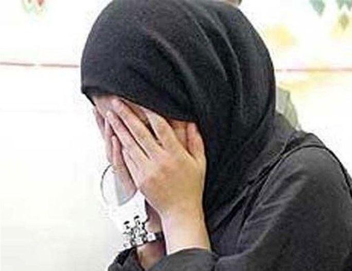 زن جوان: دور هم نشینیهای شبانه در خوابگاه دانشجویی مرا به کارتن خوابی کشاند