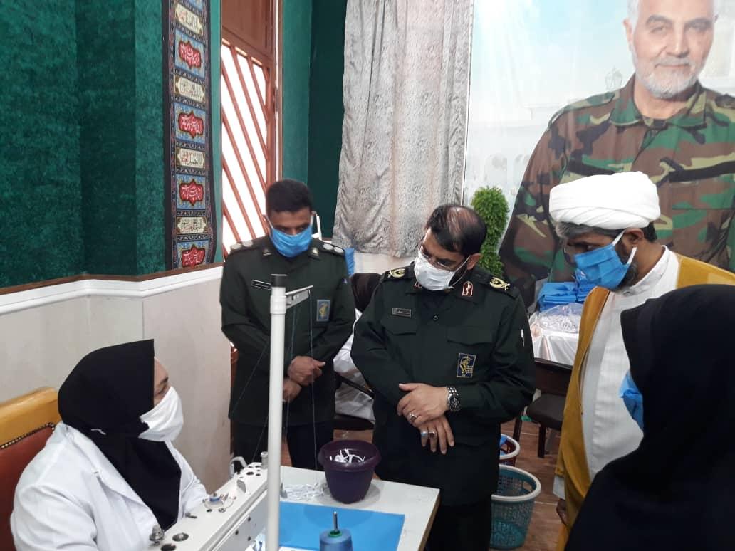 تولید روزانه ۴۰ هزار ماسک توسط بسیجیان استان کرمان