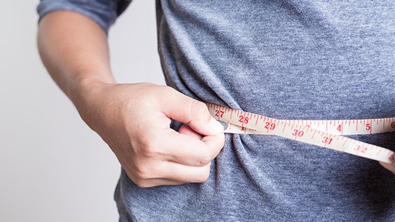 حسنی// ویروس کرونا؛ رعایت چه نکاتی از چاقی پیشگیری می کنند؟