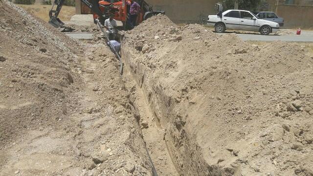 توسعه ۲۵۰ متر شبکه آب در شهر صالح آباد